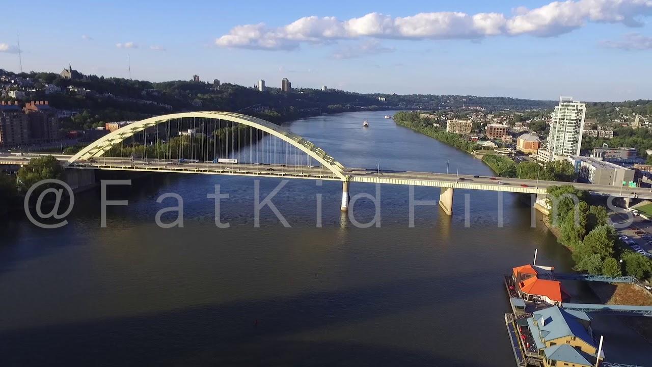 20 second time lapse of yellow big mac bridge newport ky stock
