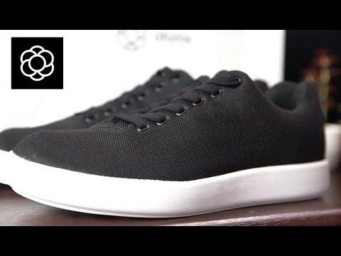 Atoms shoes
