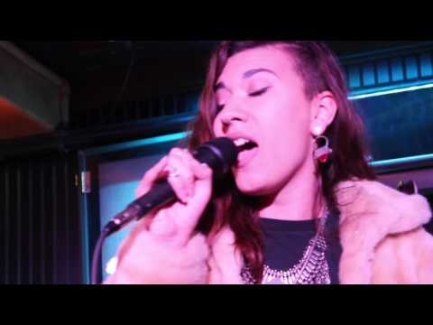 Laguna Voice - Mozambique OC Live - Sophia Gently Sings Diggity by Dr. Dre