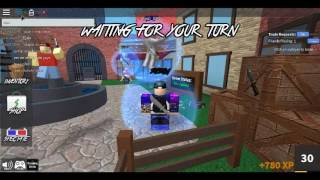 playing roblox murder mystery 2