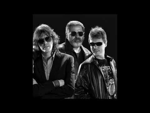 concert-a-le-poupée---smoking-stones-trio---15/10/2011