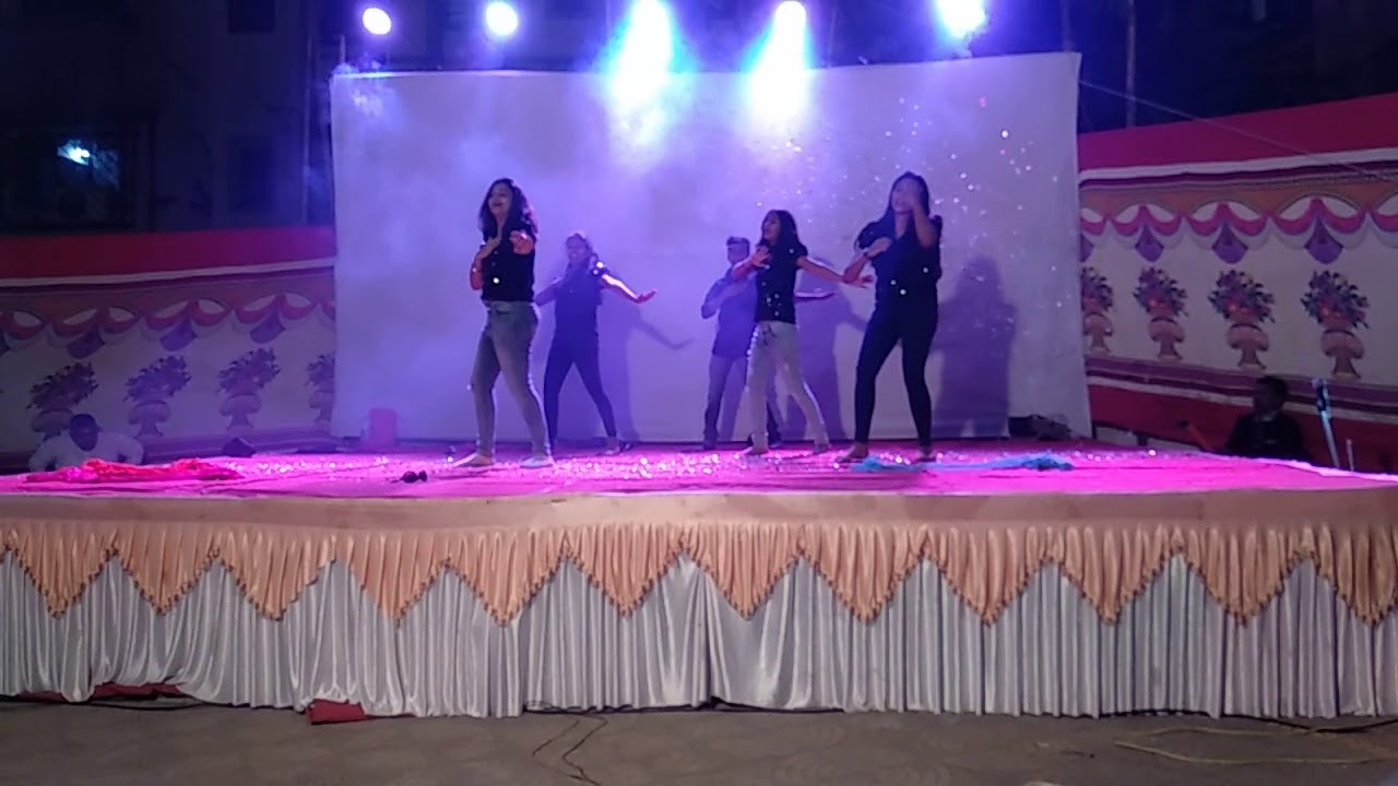 New Hindi Movei 2018 2019 Bolliwood: Girls Group Dance 2019 New Years Party Bollywood Mix Songs