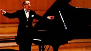 Vladimir Horowitz plays Chopin