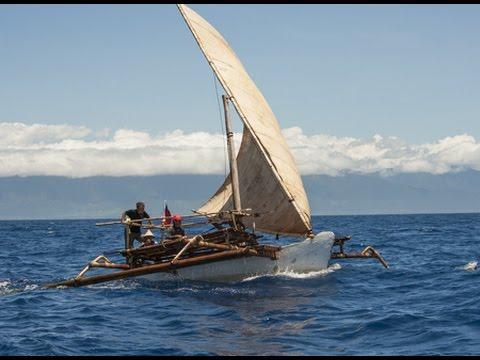 手作りの舟で日本を目指せ!映画『縄文号とパクール号の航海』予告編