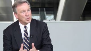 How do novel agents affect allogeneic transplantation in CLL?