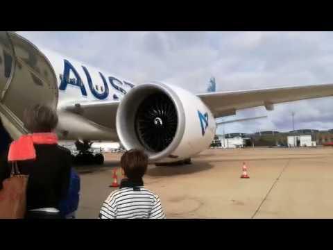 Trip Report | Paris CDG - La Réunion | UU974 Vol Annulé | Air Austral *Full Flight*