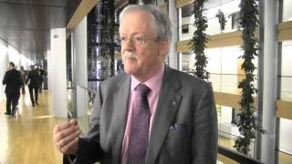 "Roger Helmer : ""Mr Hollande is wrong, the European integration is the problem, not the solution"""