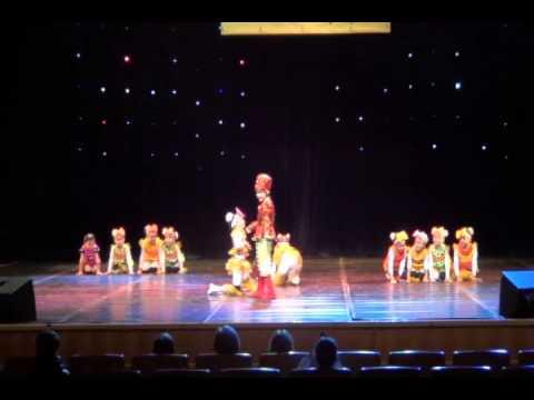 детский танец Дрессированные котята.avi
