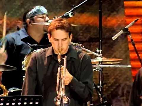 Los Lonely Boys - My Way (Live At Farm Aid 2006)