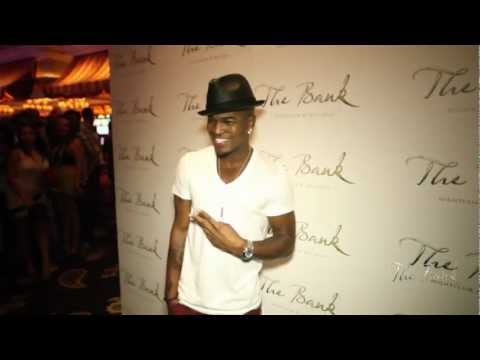 Ne-Yo at The Bank's Labor Day Weekend