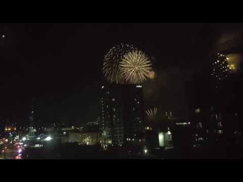 20 minutes of fireworks for Canada 150 in Ottawa!