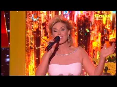 Lepa Brena - Jutros mi je ruza procvetala - (LIVE) - Vece sa Lepom Brenom - (TV Grand 2014)