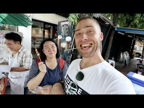 THE BEST Street Food TOURS of Banglamphu Market and Chinatown | Bangkok, Thailand
