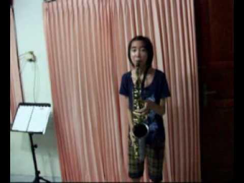 Kau yang Terindah - alto saxophone cover by Stella R