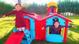 Cumartesi Günü 2 Çocuk ile 24 Saat -  24 Hours with 2 Kids on Saturday Funny Kids Video