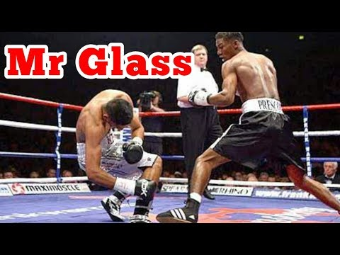 Why Cant Amir Khan Take A Punch?? | Glass Jaw Explained