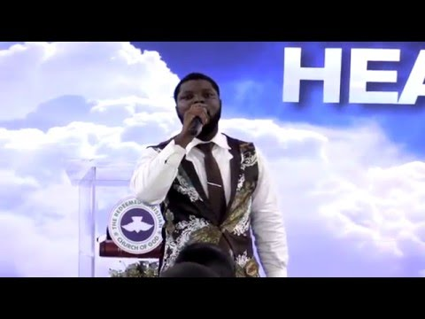 PRAISE AND WORSHIP BY TEENAGERS AND TRIUMPHANT VOICES@ RCCG HEAVEN'S GATE CAPE TOWN (1).mp4