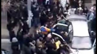 2009 Iranian Revolution - Shrouded body of victim refused by hospital carried to a car p2 Dec 27