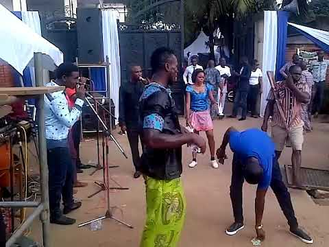 Wow what a live performance by gozie okeke with his son @nnewi