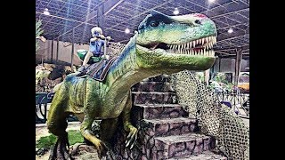Huge Animatronic Dinosaurs At Jurassic Quest