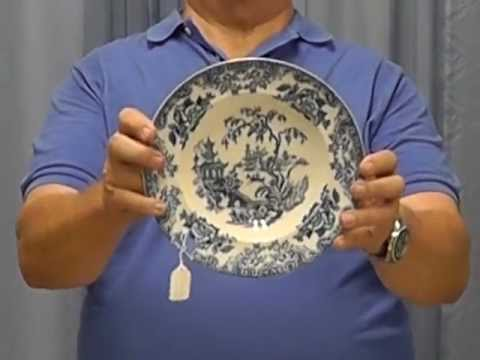 How to Shop for Porcelain & China Plates - by Dale Smith