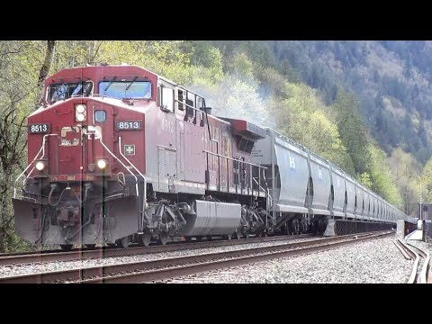 CP and CN Freight Trains in the Fraser Valley - April 2018