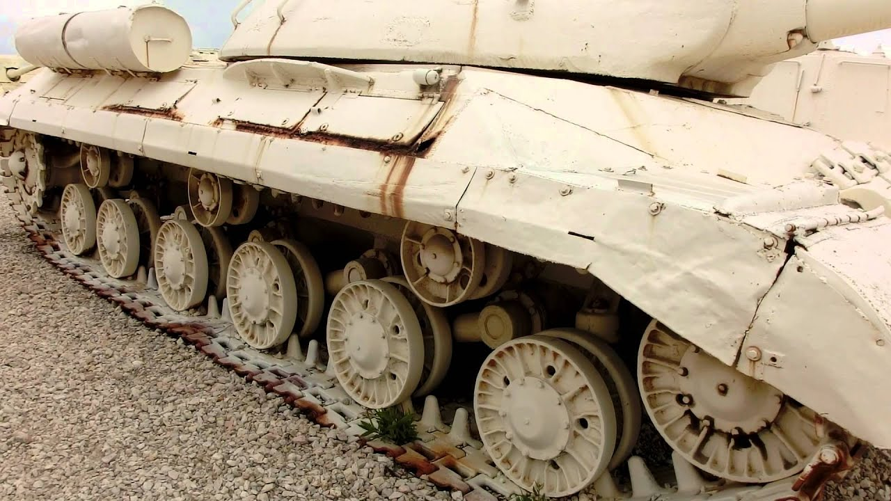 is 3 stalin tank captured by idf from egypt in 1967 youtube. Black Bedroom Furniture Sets. Home Design Ideas