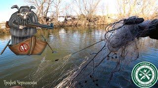 Ловим на ОГОРОДАХ и режем СЕТЬ! Рыбалка на спиннинг! Ловля щуки!