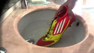 Repeat youtube video Tutorial Come far diventare le vostre scarpe da calcio piu'mordide ITA CR7 trick
