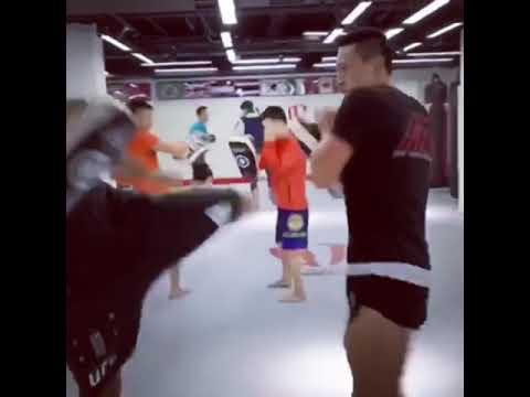 Kicks training with Song Kenan Ufc mma kickboxing o