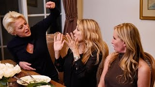 Housewives Happy Hour: Sonja Morgan and Dorinda Medley Dish on Their 'Explosive' Dinner Party Fig…