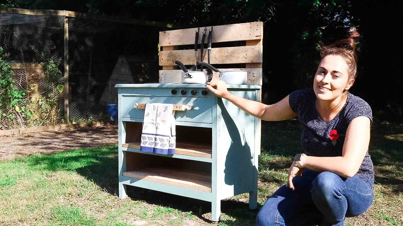 Homemade Mud Kitchen DIY (Cheap & Easy)   | The Carpenter's Daughter