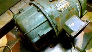 Двигатель постоянного тока П.32(Двигатель постоянного тока П.32 Мощность-2,2kw , U-220V, Ток-12,2А 1500 оборотов ,Режим S 1 Возбуждение смешанное, 1970г...., 2014-11-03T09:23:55.000Z)