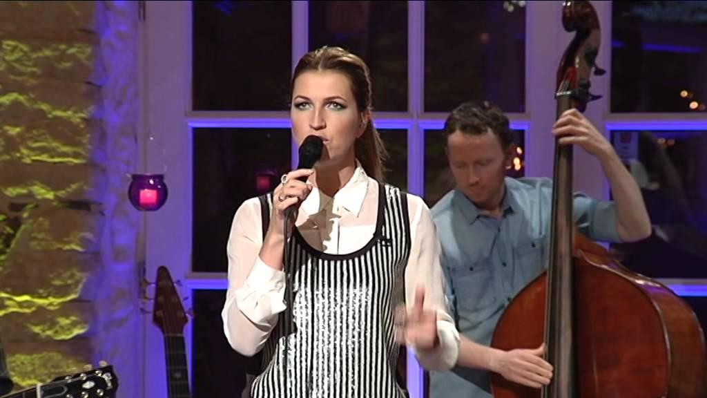 """Maarja-Liis Ilus - Läbi raskuste (""""Laula mu laulu"""" 3. hooaeg - 3. saade)"""