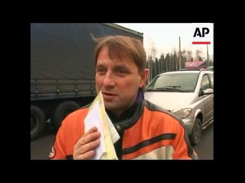 Expensive visa anger shoppers at Belarus Lithuanian border