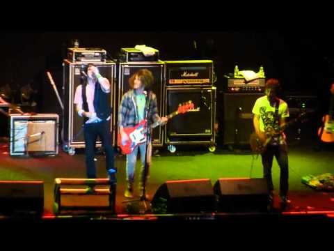 [HD] Forever The Sickest Kids - Whoa Oh! (Live at Jakarta Jam 2010)