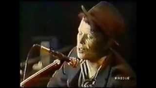 Tom Waits-The heart of saturday night (Live)