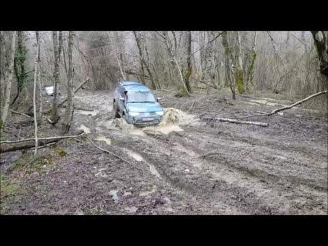 "Mitsubishi L200 и Pajero Sport в грязи Открытие ""Грязевого сезона"" 2019  Часть1"