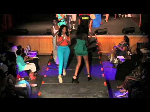 FINO Fashion Show 2012