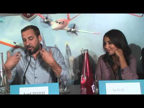 Conférence de presse Planes - les voix francaises