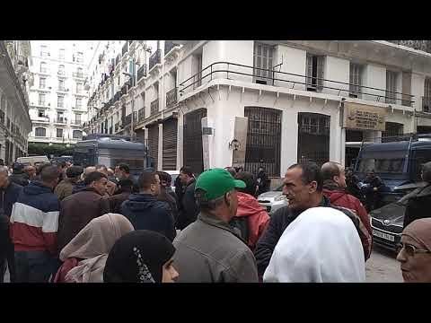 حضور المواطنين بقوة في محاكمة رموز الفساد بمحكمة سيدي امحمد بالعاصمة