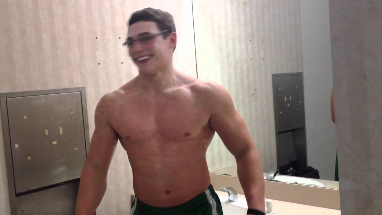 16 year old Body Builder, flexing, Richie Lam - YouTube