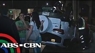 SUV, tumaob sa Edsa Santolan Flyover