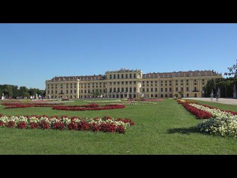 Schönbrunn Palace (Schloss Schönbrunn) - Wien (4K Ultra HD)