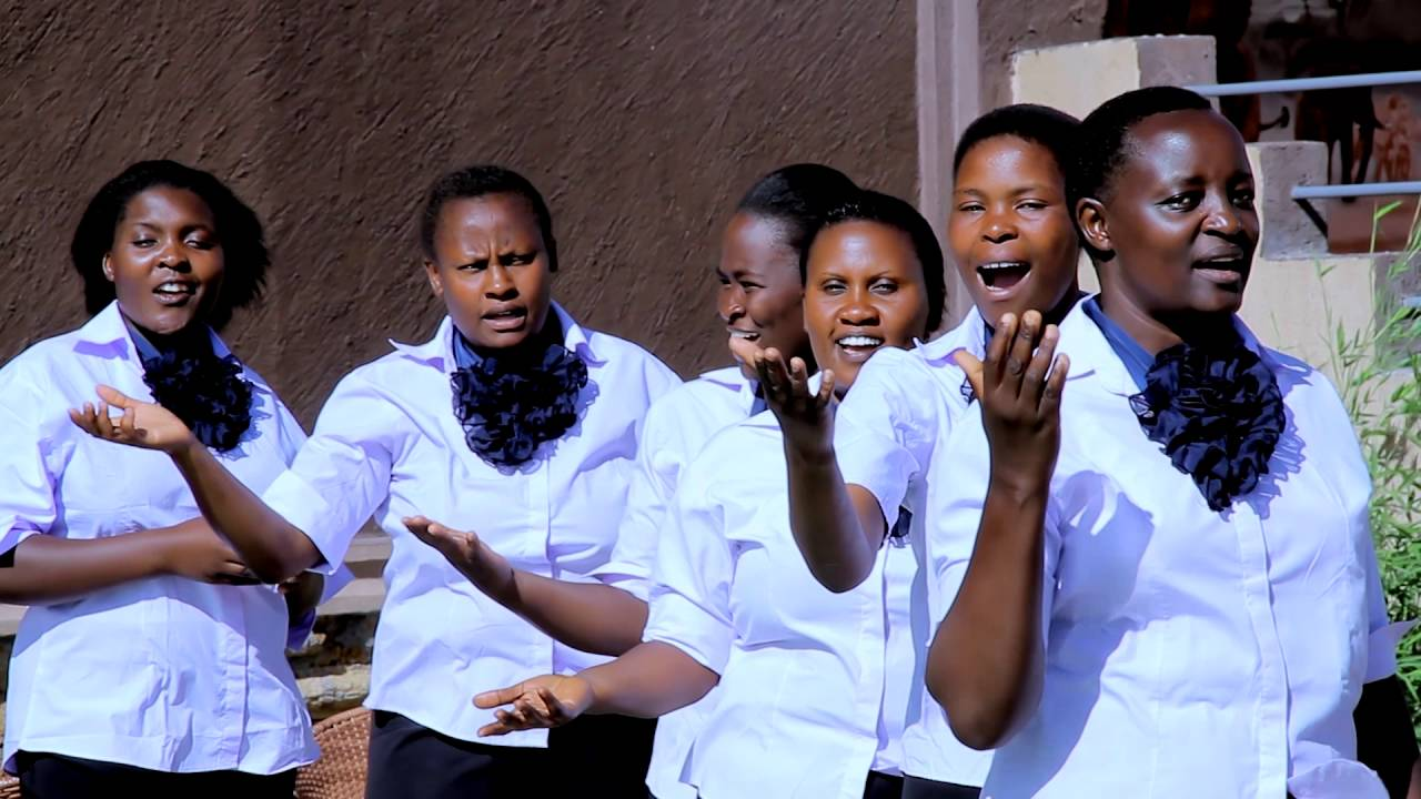 (HATUTATENGANA MBINGUNI) BY MILIMANI S.D.A CHURCH CHOIR.