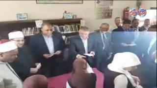 أخبار اليوم | ابوهشيمة وزراء الأوقاف والتخطيط والتنمية يسلمون مساعدات مالية لطلاب المنيا