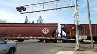 14th Avenue Railroad Crossing, UP 2686 Manifest With Patch SP Southbound, Sacramento CA