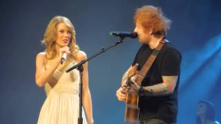 Taylor Swift & Ed Sheeran - I See Fire [Live in Berlin (02/07/14)]