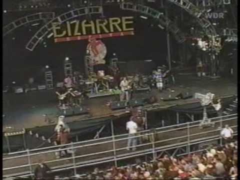 Mr. Bungle- Bizarre Festival 2000- 4. Travolta (Quote Unquote) And Doo Wop (That Thing)