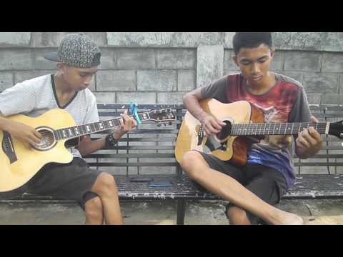 Kiss the Rain (Yiruma) Acoustic Fingertyle cover.